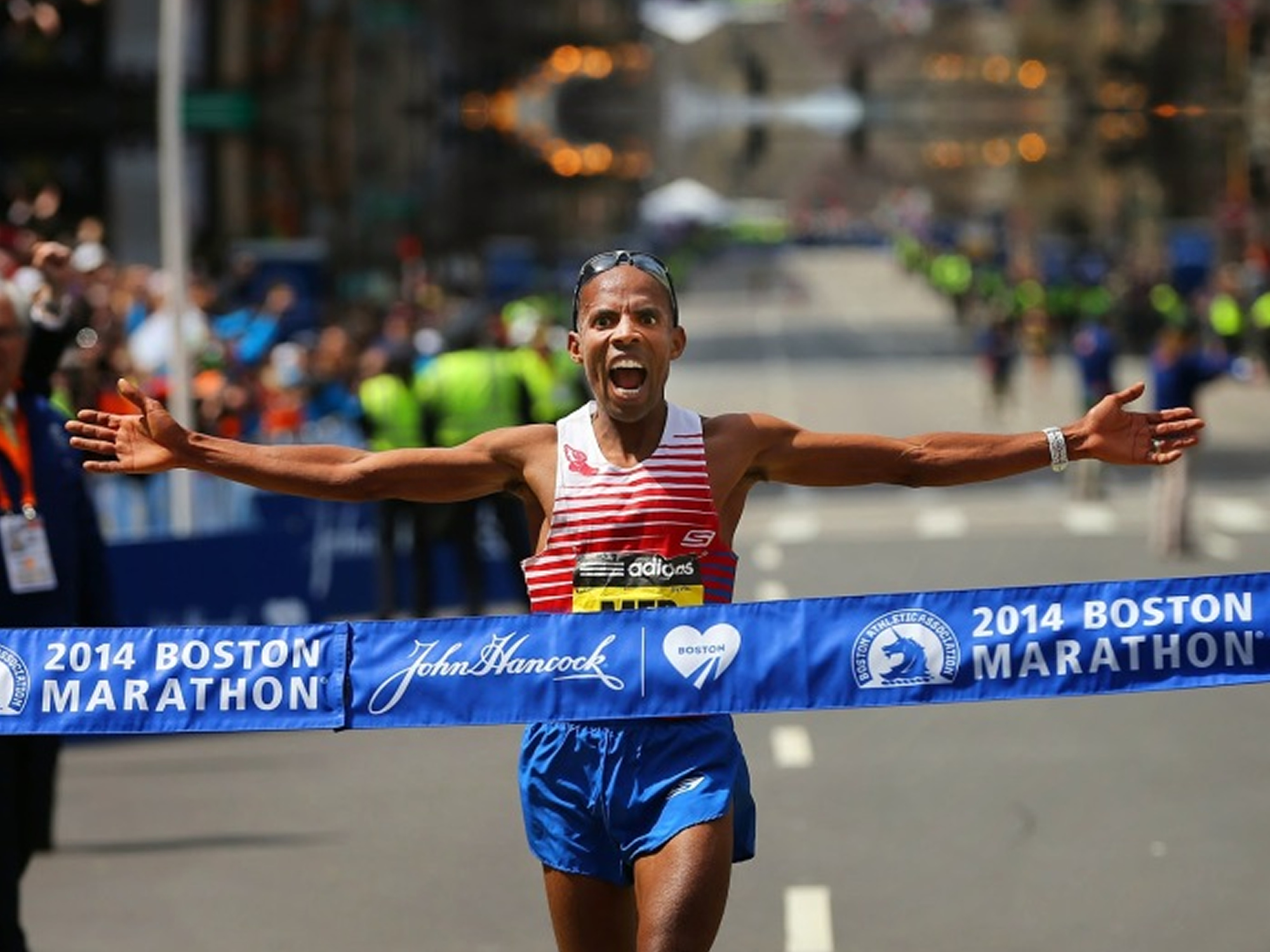 RunCoach Partners with Meb Keflezighi for Exclusive Offer on BookShout!